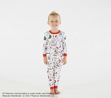 Pottery Barn Kids Holiday PEANUTS SNOOPY Tight Fit Pajamas Size 4 6 8 Christmas