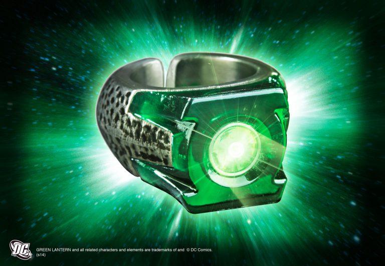 Green Lantern Light Up Ring The Noble Collection Uk Green Lantern Ring Green Lantern Green Lantern Power Ring