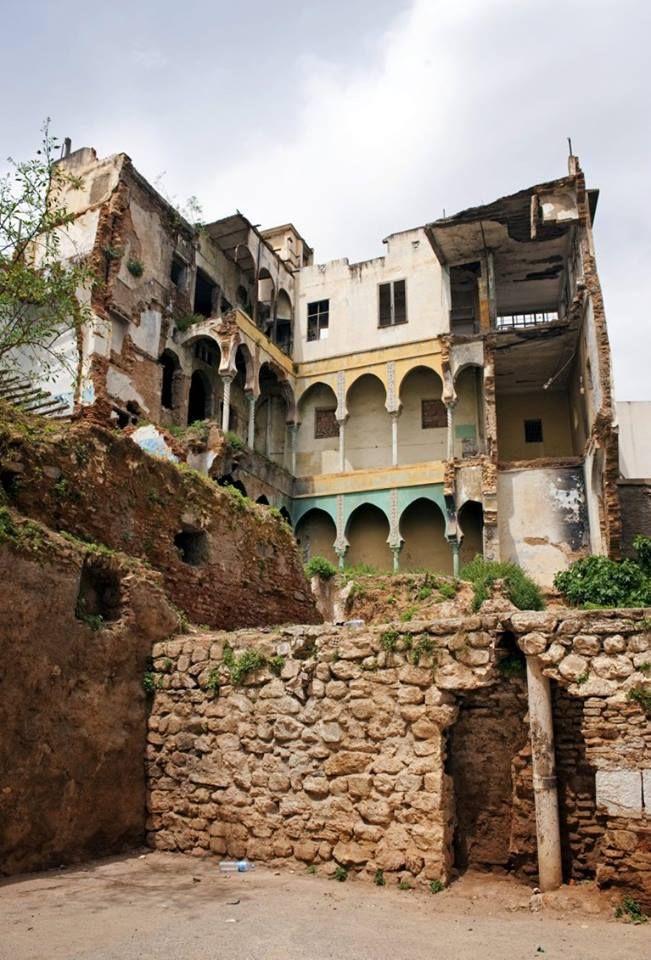 la casbah les ruines de la maison o hassiba ben bouali p rit avec ses compagnons ali la. Black Bedroom Furniture Sets. Home Design Ideas