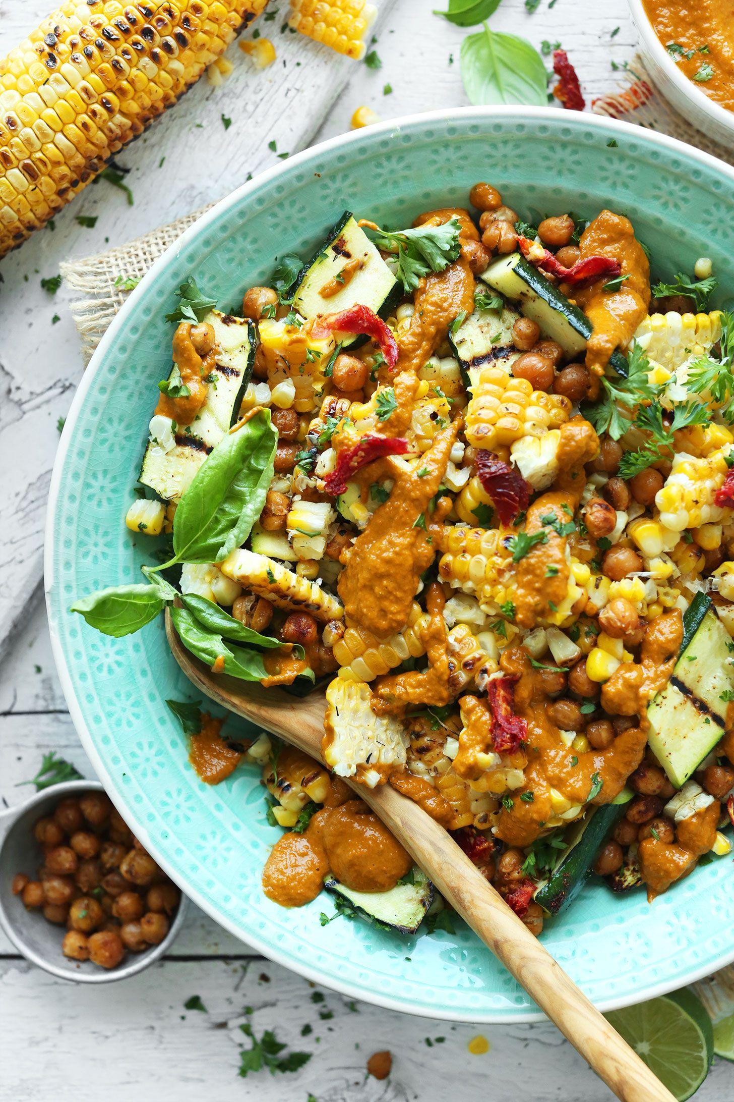 Zucchini & Grilled Corn Salad | Minimalist Baker R