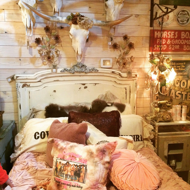 . Junk Gypsy bed display   Vintage Decorating   Junk gypsy bedroom