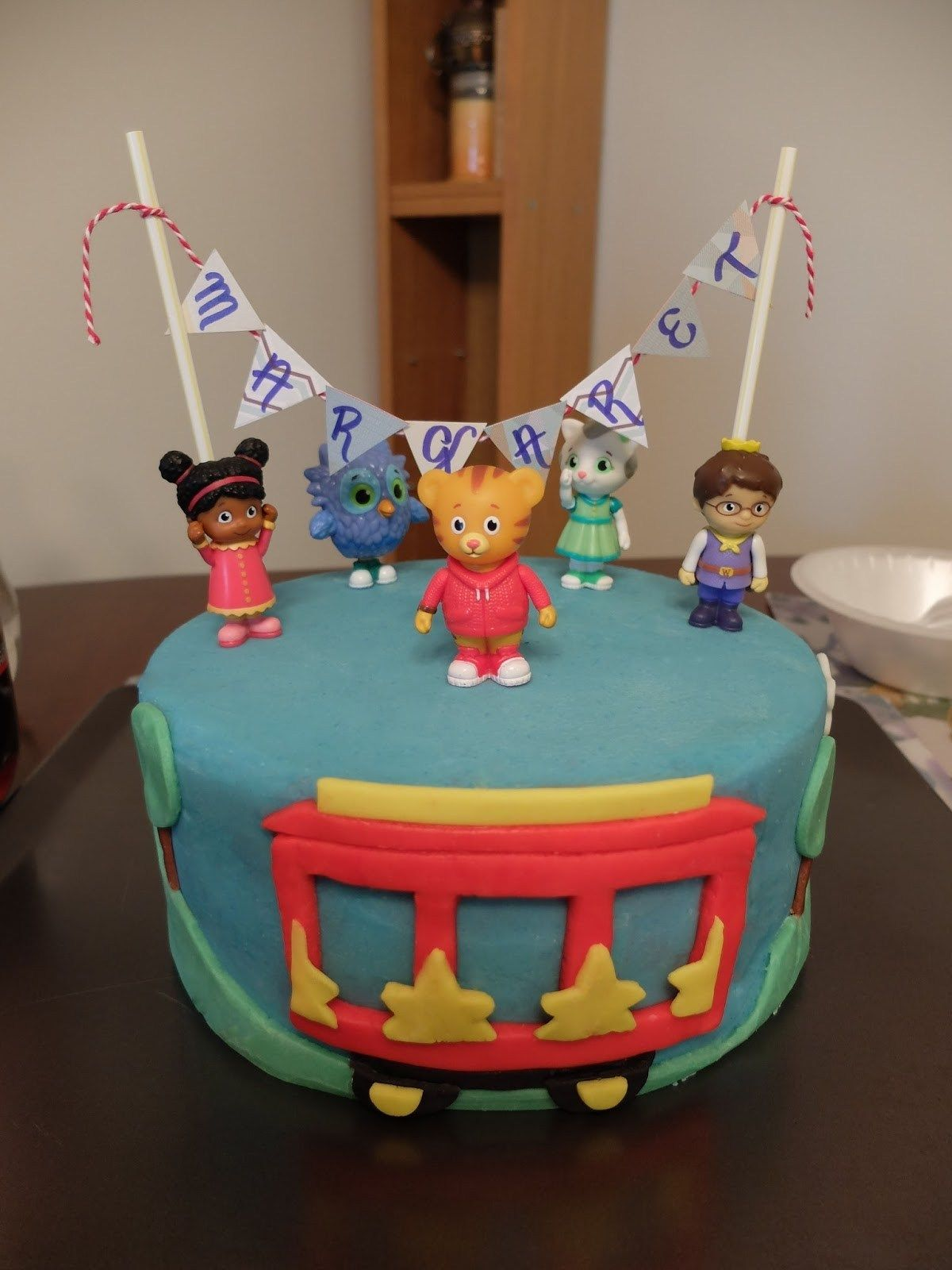 daniel tiger diy cake topper