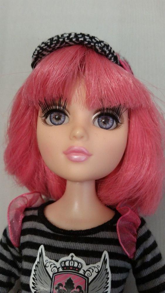 Tristen First Wave Moxie Teenz doll B