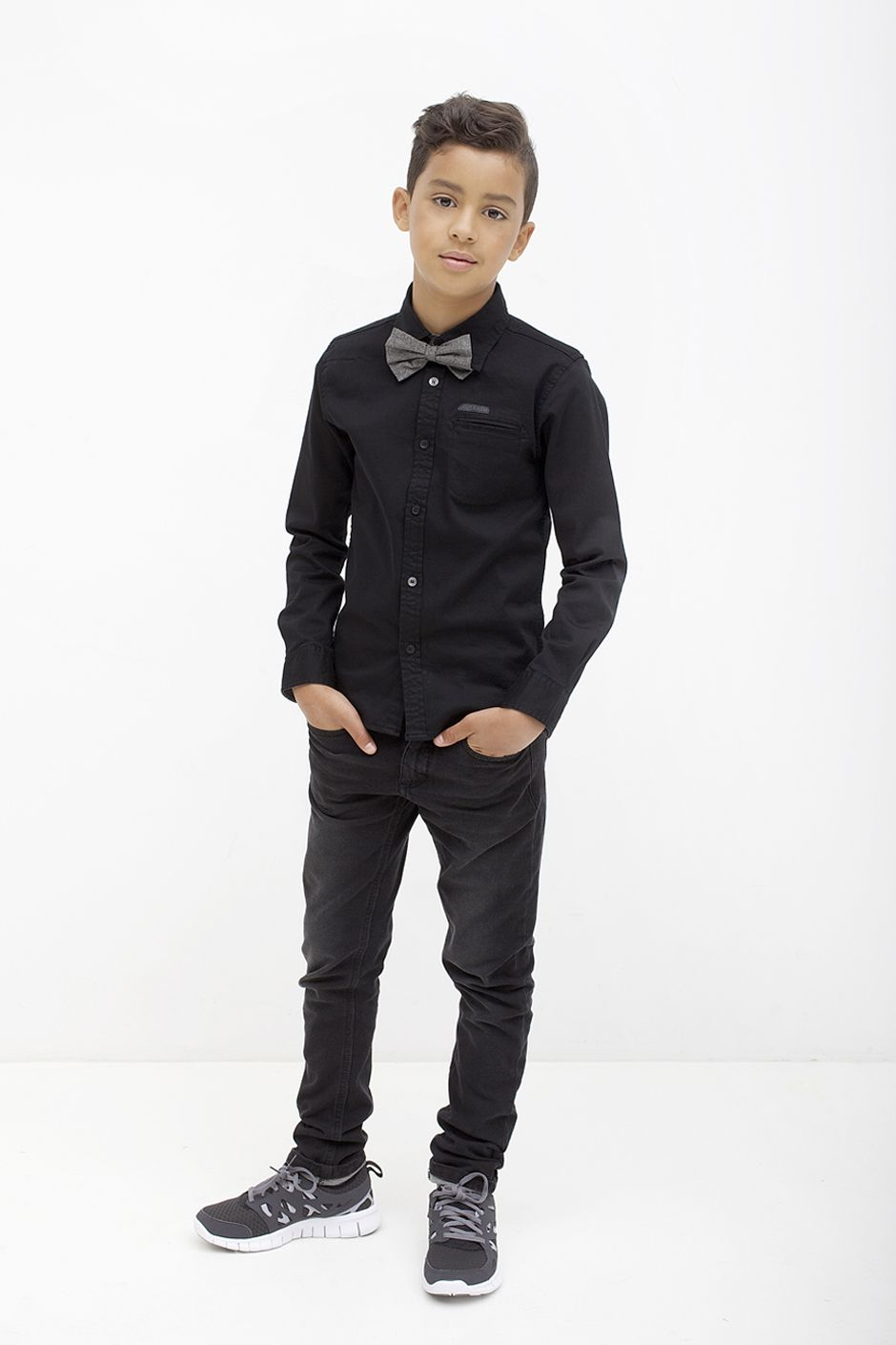 1e66009fe4f8 All black-gray bow tie | Boys 2015 Fashion Inspo | Tween boy outfits ...