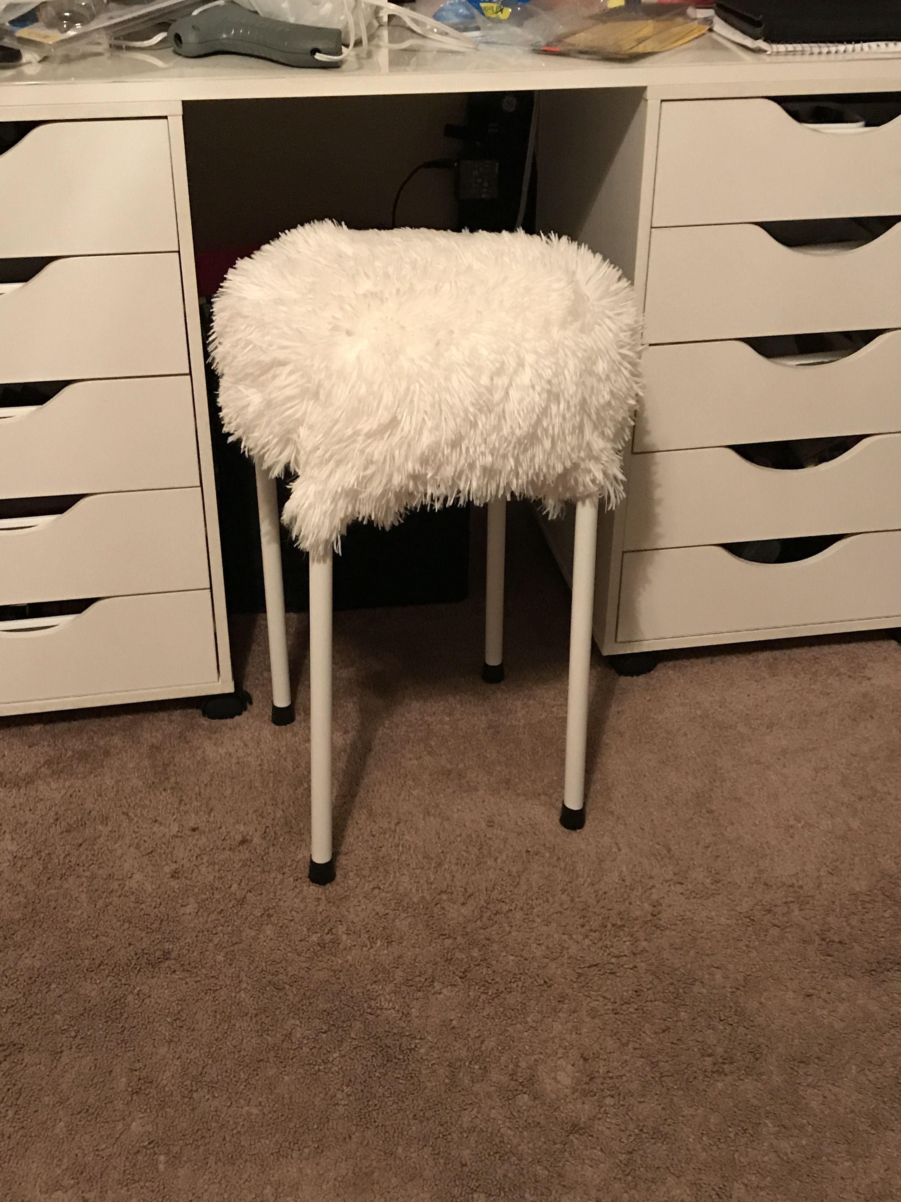 Did this diy vanity stool i made it with less then not