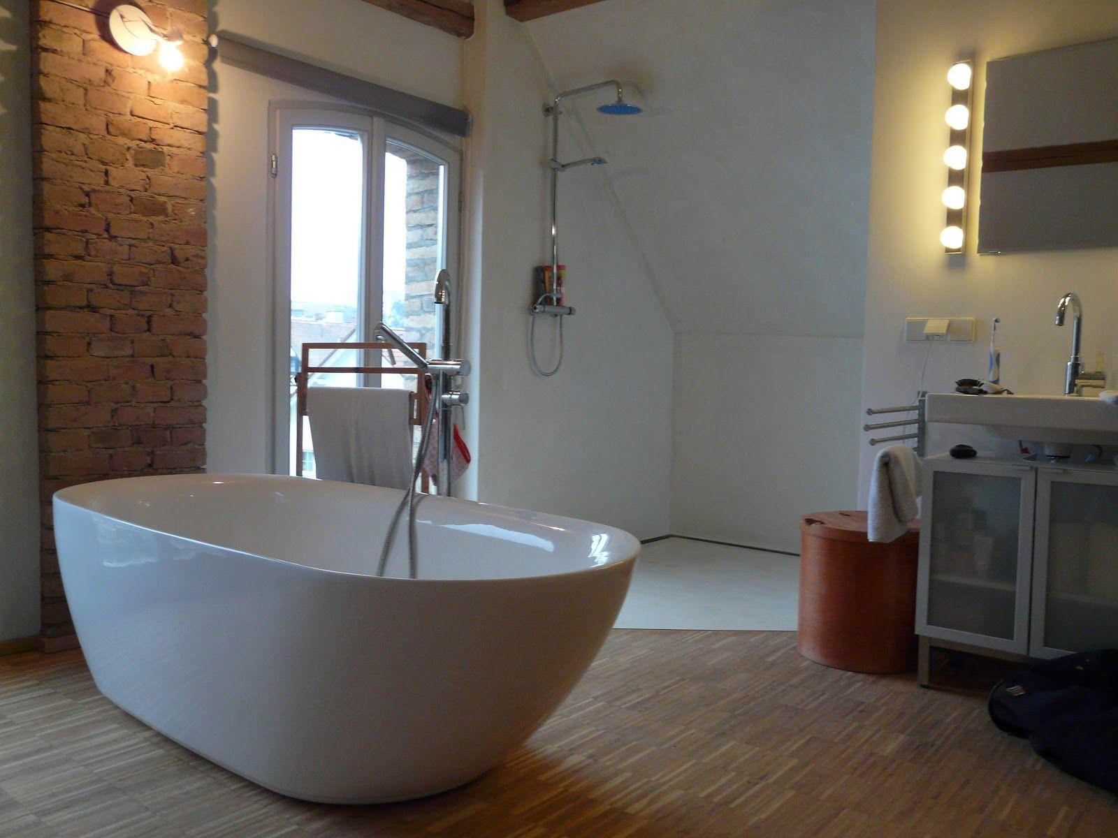 Lifeboxx beton cir tadelakt bad in betonoptik nov for Tadelakt auf fliesen