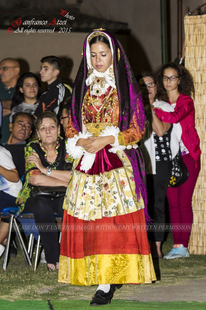 Abiti Da Sposa Quartu Santelena.Canon 18343a 4443 Costumi Vestiti E Photoshop