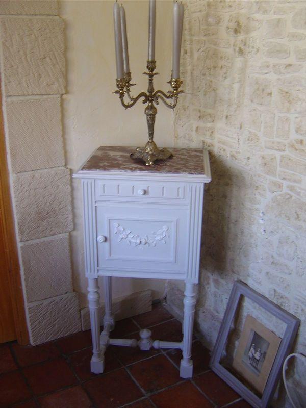Chevets anciens patin s cottage et patine le blog les meubles en carton de mummy pinterest - Meubles peints patines ...