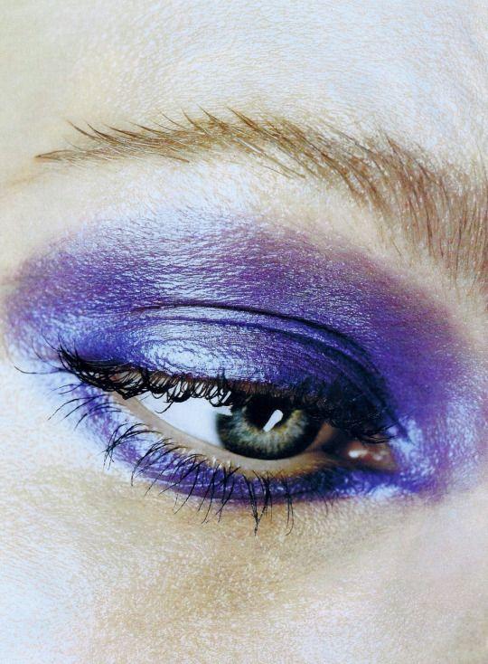 """The Light Brigade"" photographed by Steven Meisel for Vogue US July 1996  Fashion Editor: Grace Coddington Hair: Garren Makeup: Laura Mercier - Make Up - Eyes"