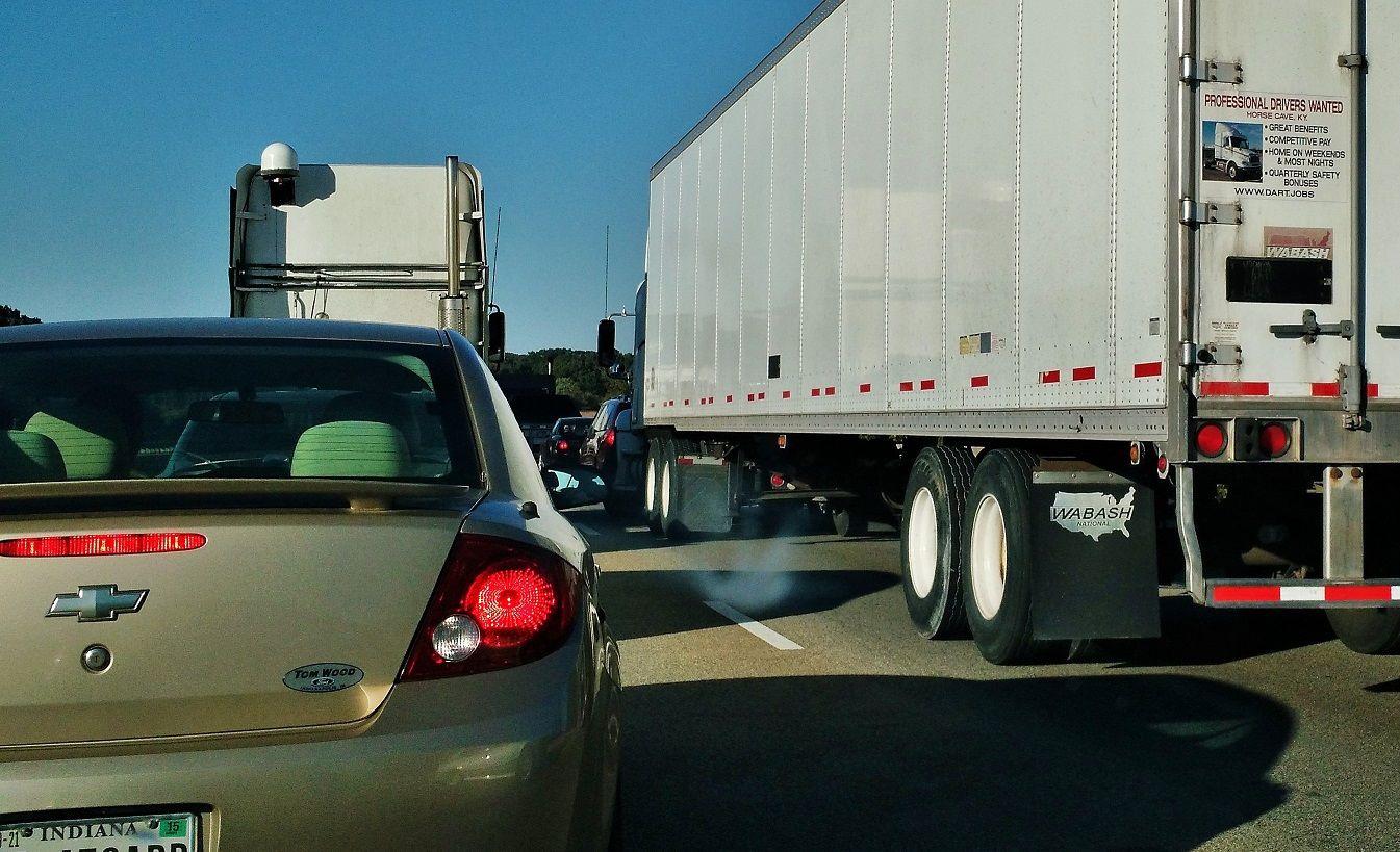 Traffic cost trucking industry nearly 50B in 2014, ATRI