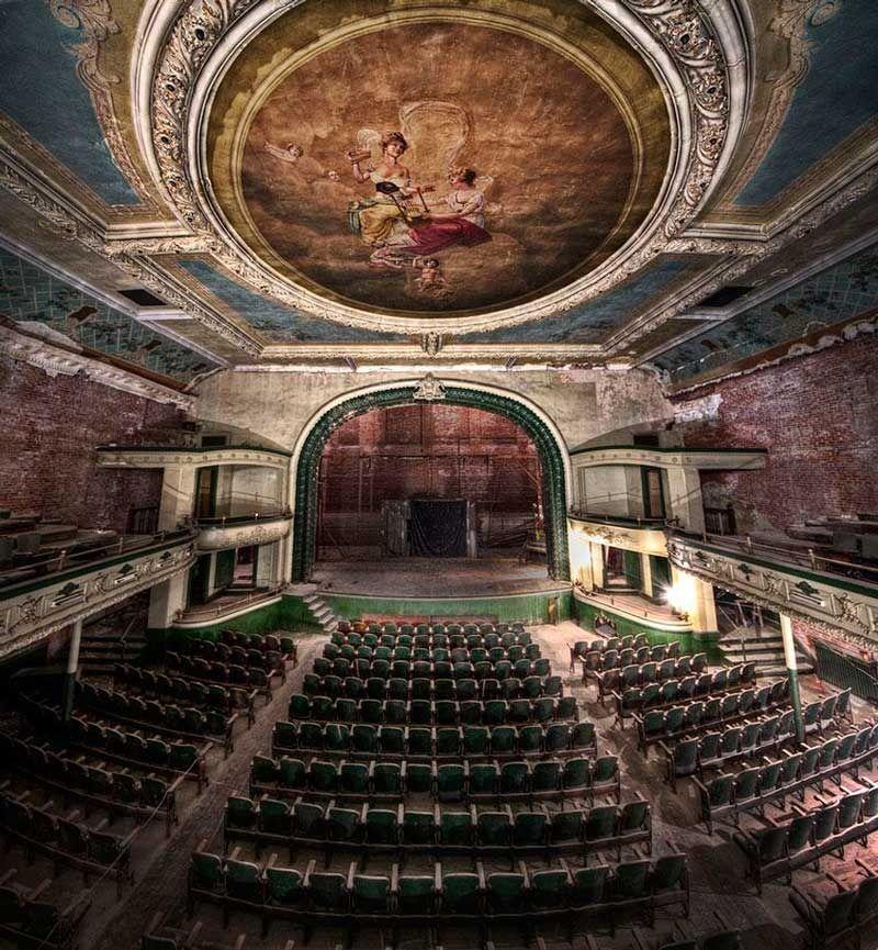Auditorio Orpheum. New Bedford, Massachusetts, EEUU.