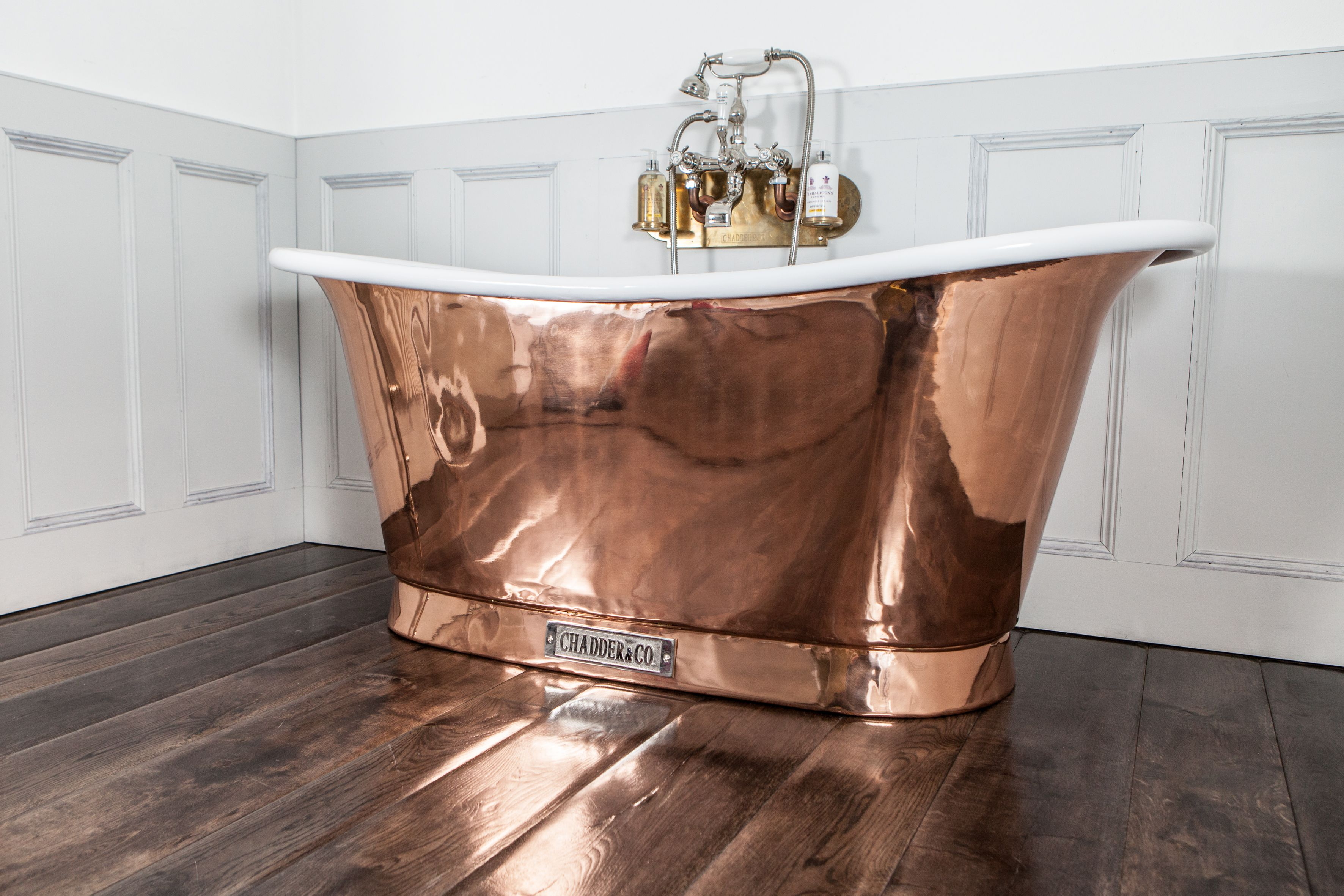 Chadder Royal Copper Bath, polished copper exterior with white ...