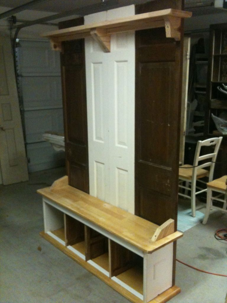 Upcycled Mudroom Like The Doors On Back With Images Rustic Furniture Decor Hall Tree Coat
