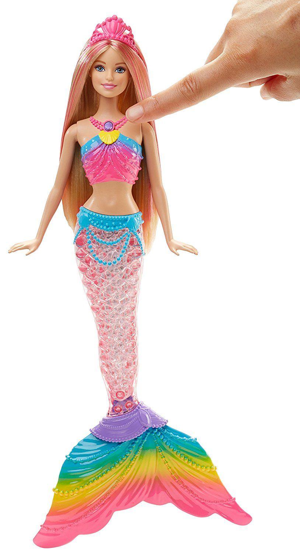 d6482461f Barbie Sereia Oba! Vamos Brincar no fundo do Mar! Coloque a Barbie sereia  em água para ver seu reflexo da cauda de sereia com luzes coloridas  inspiradas por ...