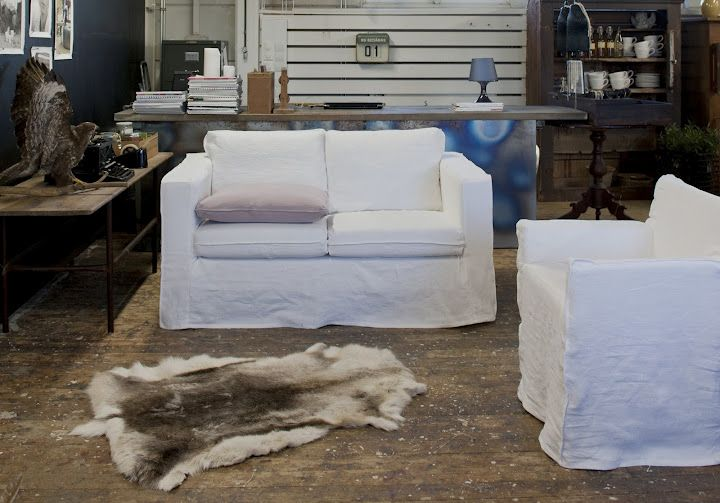 Slipcover: Loose Fit   Urban Fabric: Rosendal Pure Washed Linen Absolute  White Model: