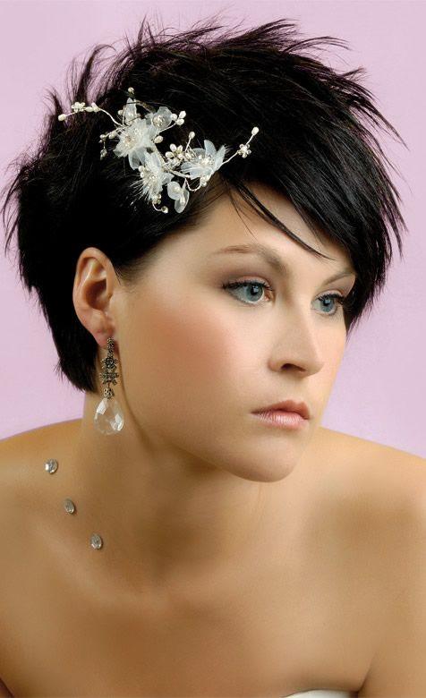 Coiffure femme cheveux tres courts 2013