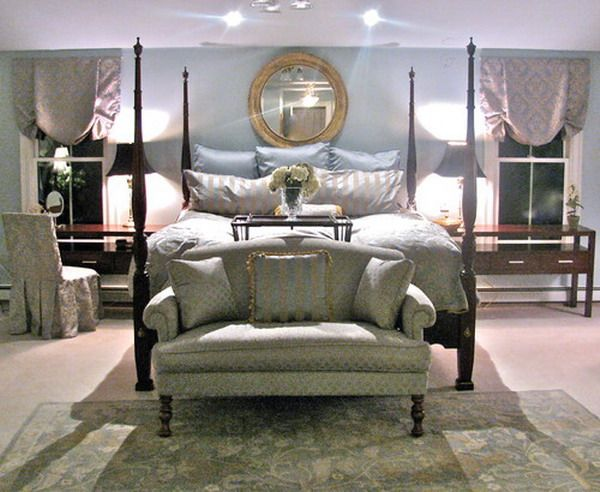 Traditional Master Bedroom With Four Poster Bed Decorating Suite