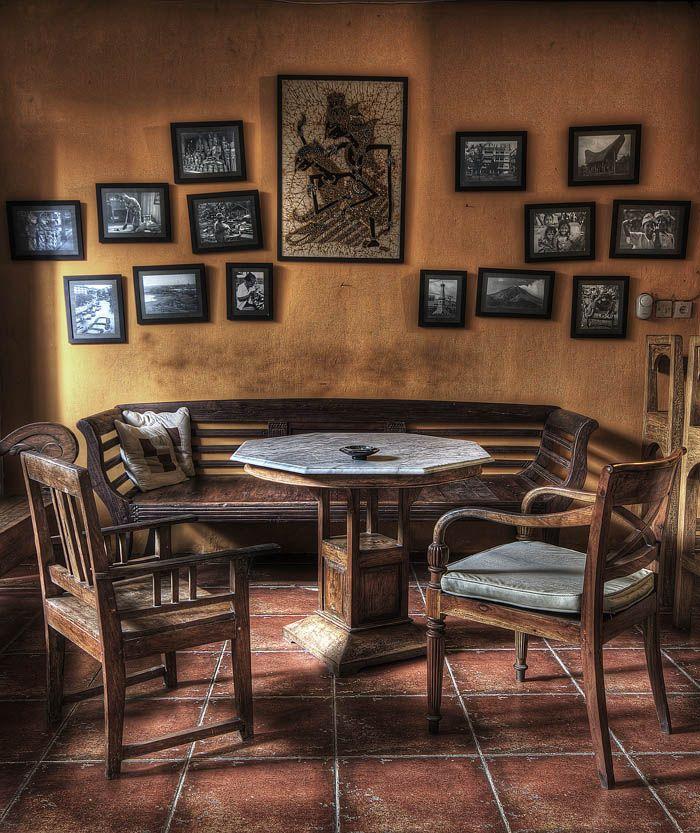 Japanese Kitchen Decor: Javanese Dining Room