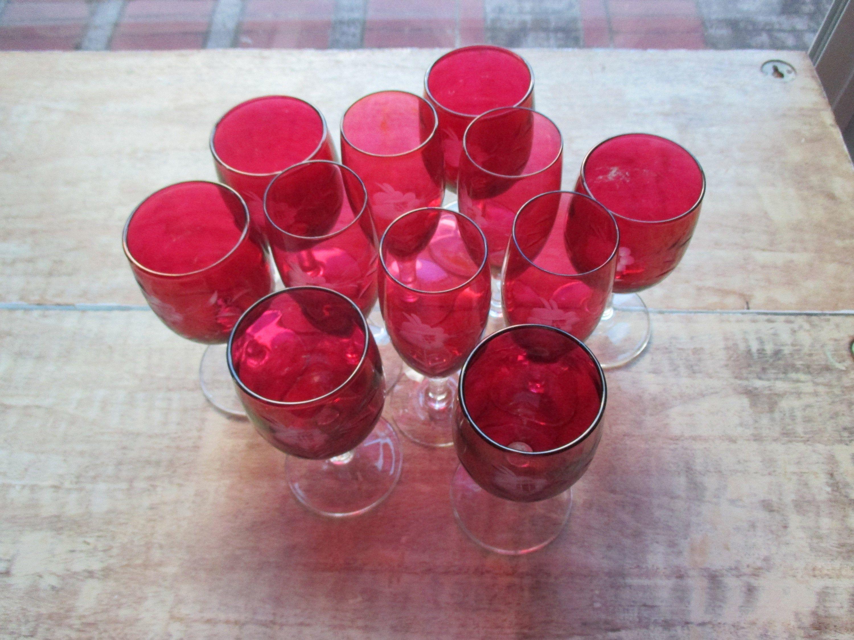 Set Of 10 5 Crystal Vintage Wine Glasses And 5 Crystal Etsy Vintage Wine Glasses Wine Glasses Vintage Wine