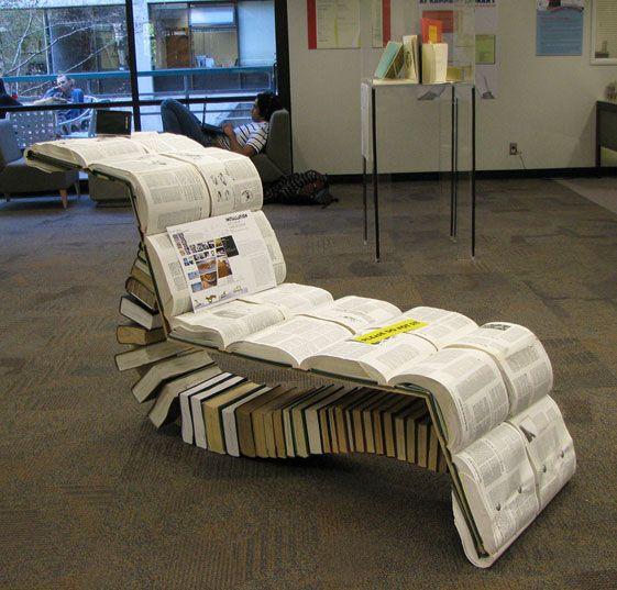 ein stuhl aus b chern rund ums lesen pinterest stuhl buecher und lesen. Black Bedroom Furniture Sets. Home Design Ideas