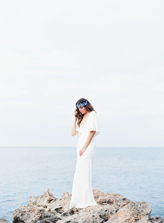 Coastal Wedding Inspiration with DIY Mussel Crown by Jessica Lorren   Wedding Sparrow