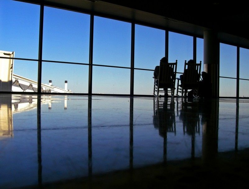 Travel 101: 5 Tips for Not Going Insane While Stranded in an Airport