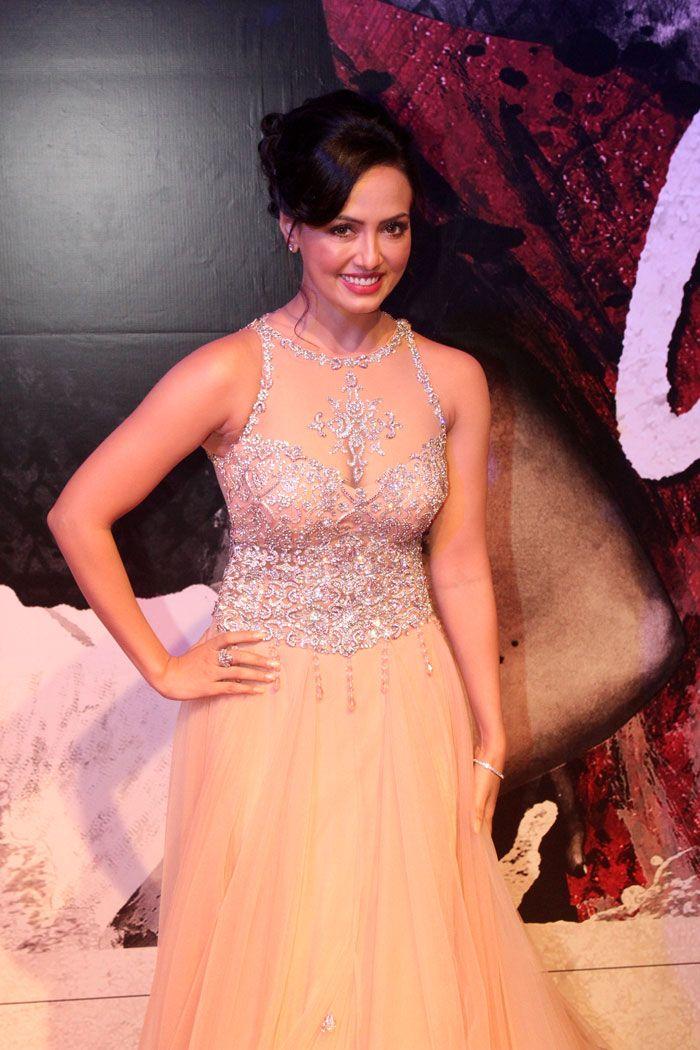 Sana Khan Illusion neckline wedding dress, Fashion show
