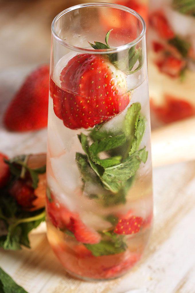 Strawberry Champagne Mojito Video The Suburban Soapbox Recipe Strawberry Champagne Mojito Recipe Mojito