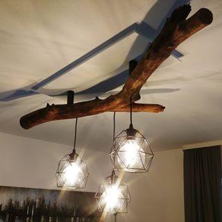 Du Findest Keine Passende Lampe Dann Mach Dir Selbst Eine Lampenfassungen Und Lampenschirme Von Ikea Nen Dicken Ast Aus Nachb Diy Lamp Shade Lamp Lamp Decor