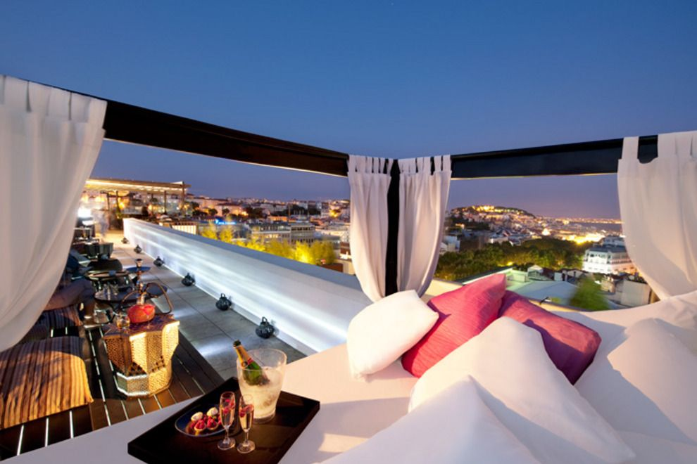 Luxury hotels in lisbon places to stay in style and for Hotel design lisbona