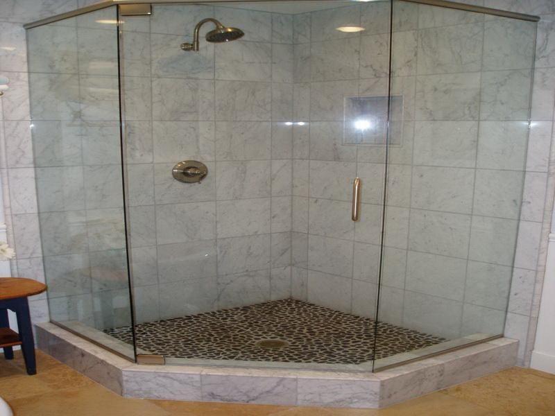 tile showers | Shower Tile Ideas Looking for Beyond: Corner Shower ...