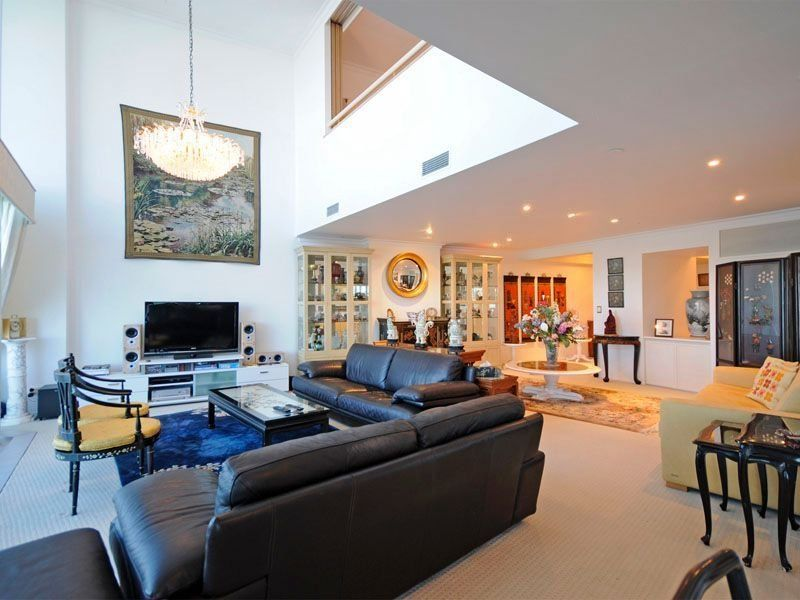 beautiful living room ideas photo gallery - Galley Living Room Decorating