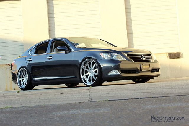 "Lexus LS 460 on 22"" Phantom Forged Wheels | Lexus Enthusiast"