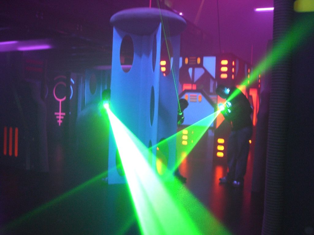 Lazer Kraze One Of The Only Combination Laser Tag And Indoor Trampoline Parks In