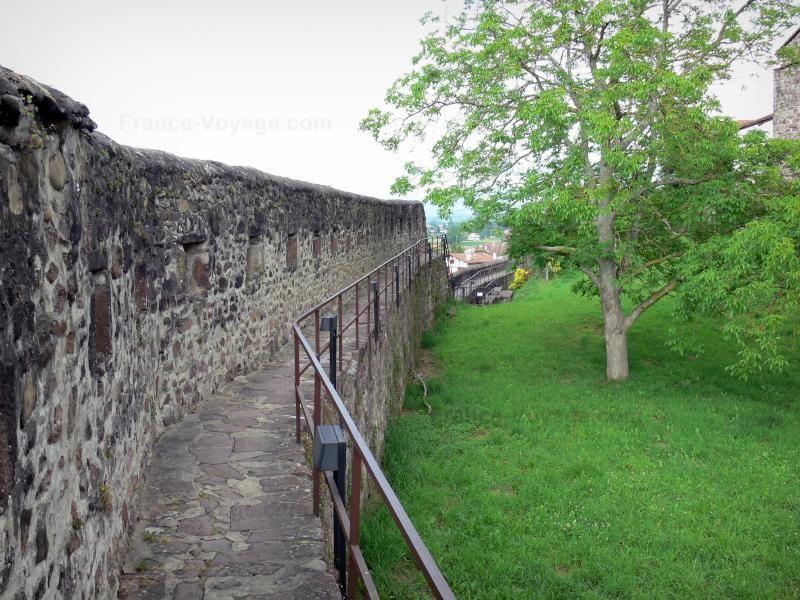 Saint-Jean-Pied-de-Port: Chemin de ronde des remparts
