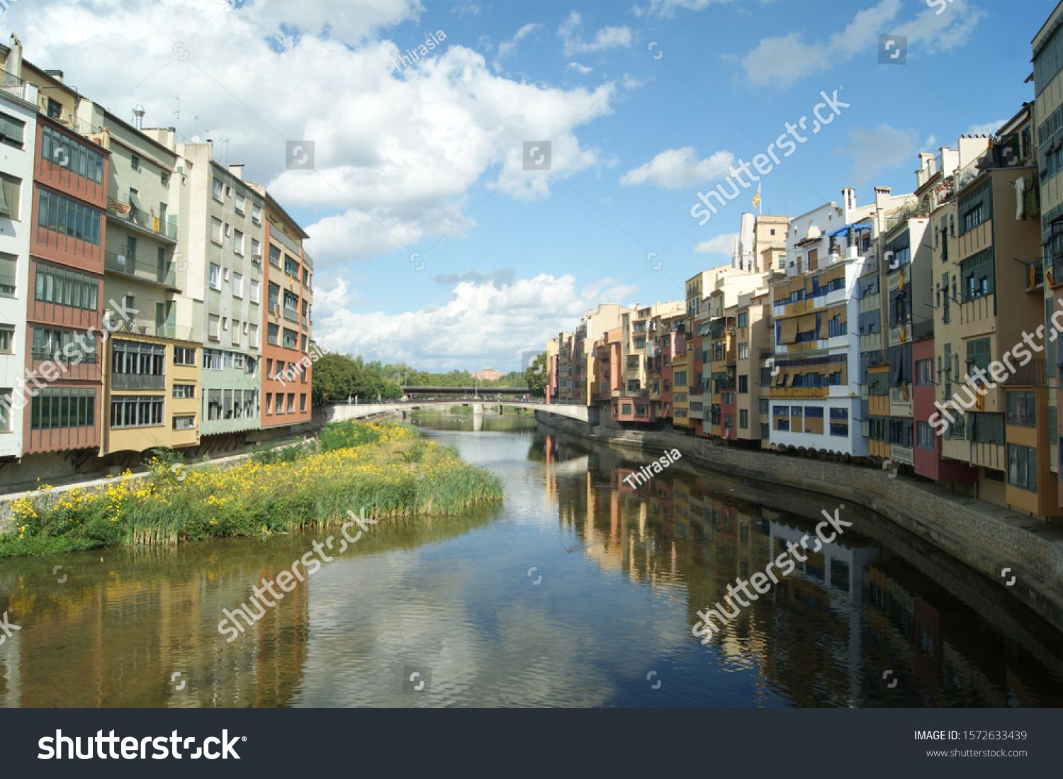 Girona Rio Onyar Medieval Town Summers Day The Old Town Houses