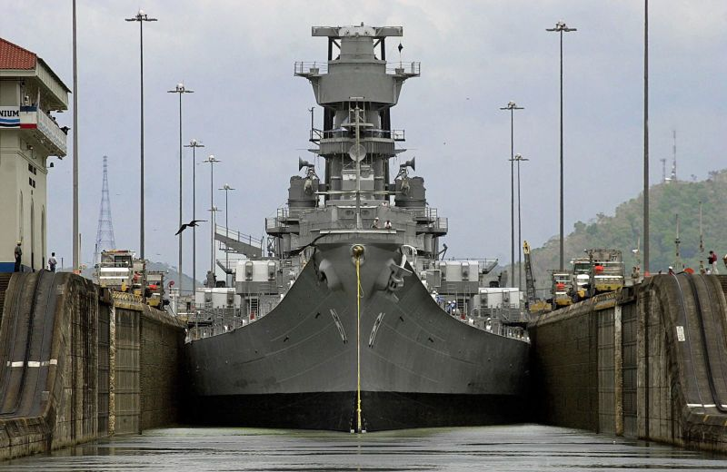 iowa class battleships are the widest ships to ever use the  iowa class battleships are the widest ships to ever use the canal