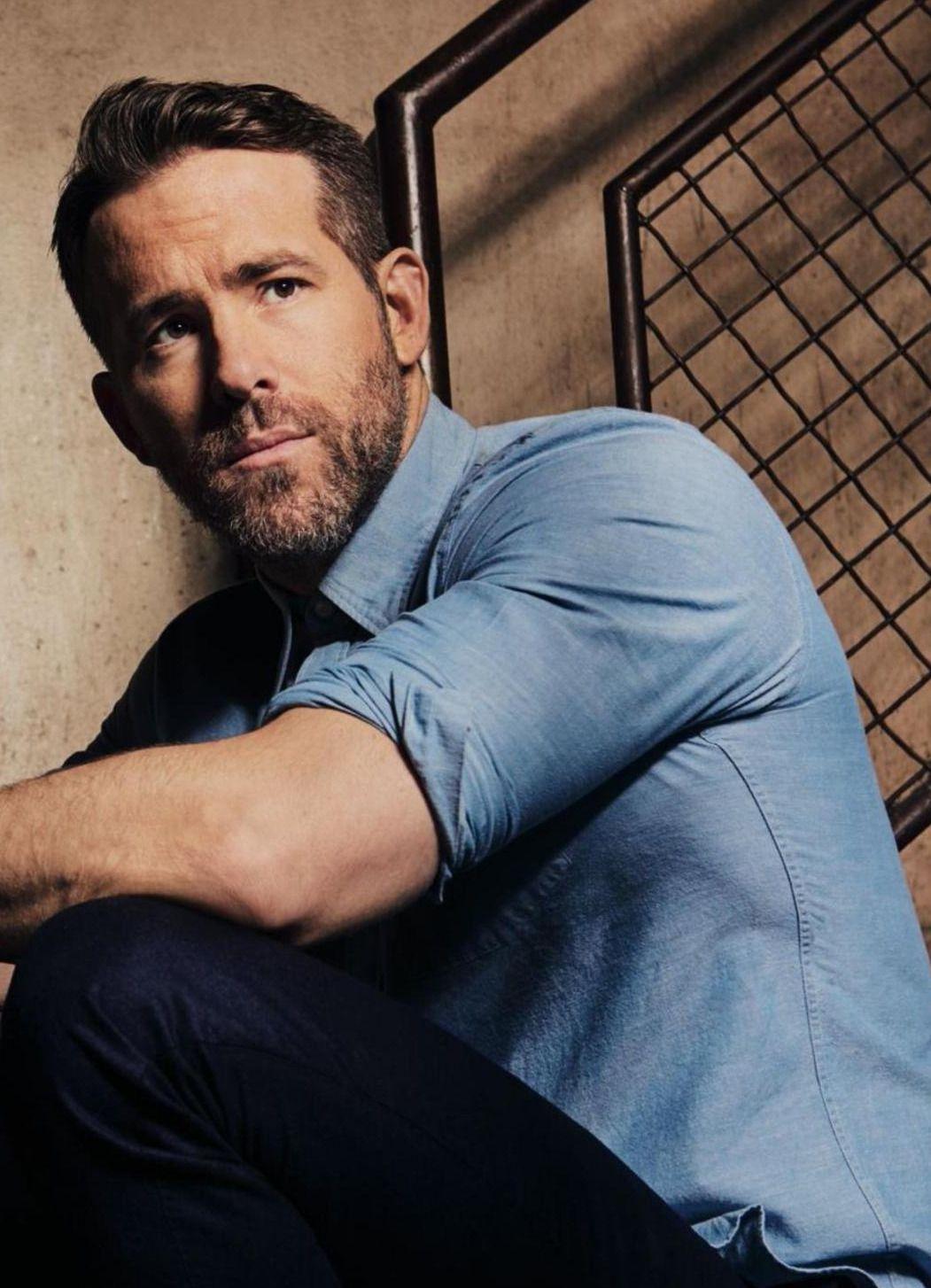 2611th Post On  Ryan Reynolds