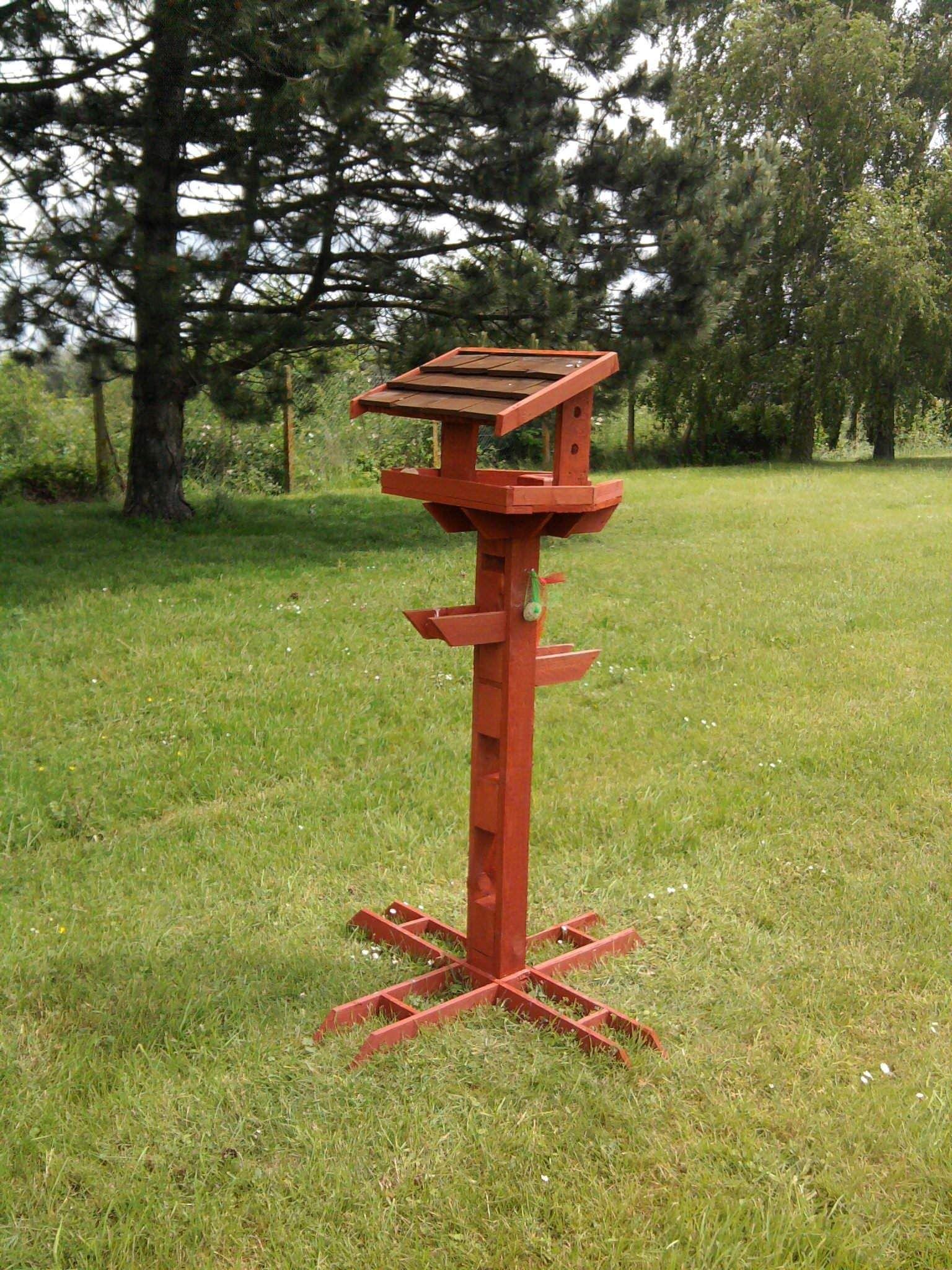 pallet bird feeder bird feeder pallets and repurposed