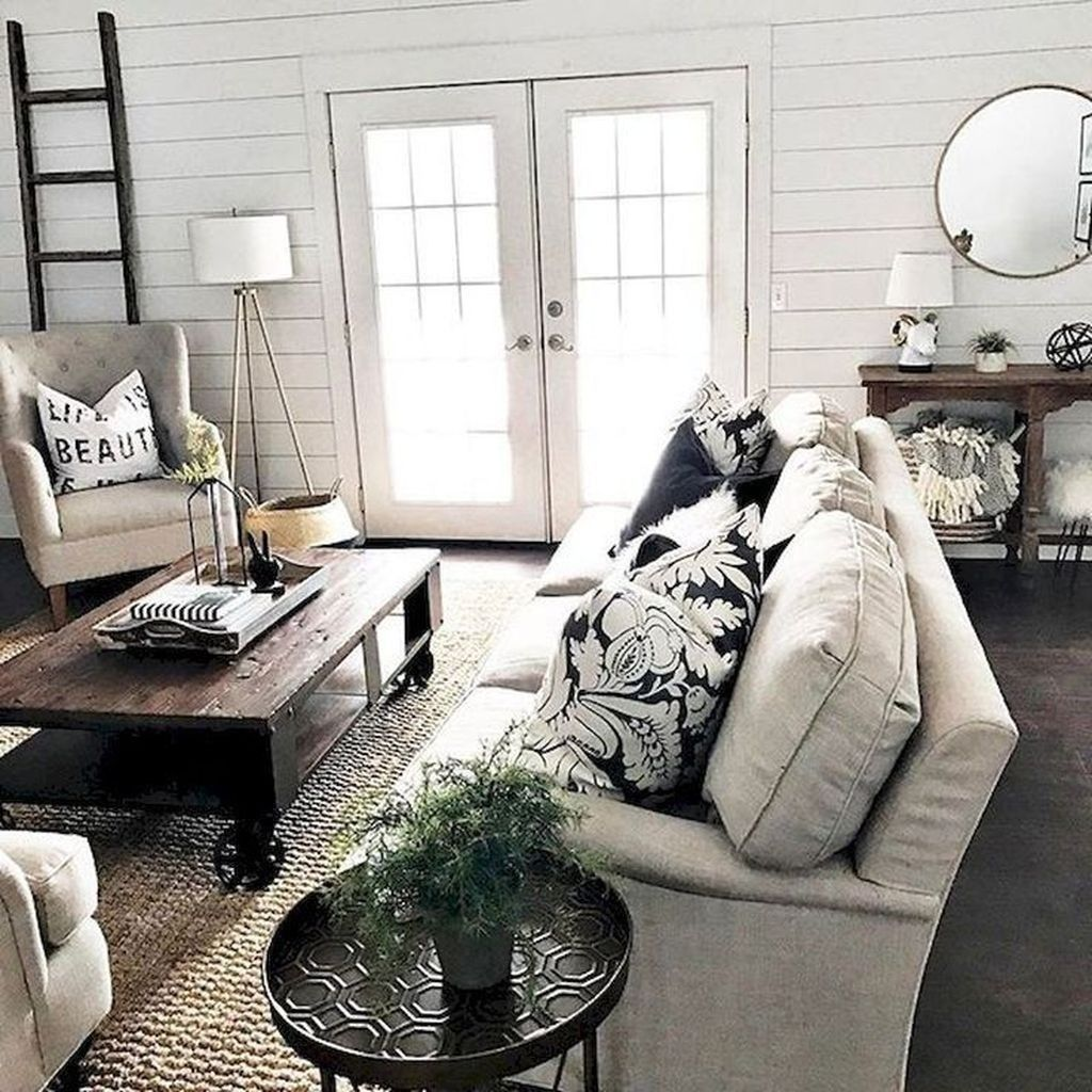 43 Gorgeous Farmhouse Living Room Design Ideas images