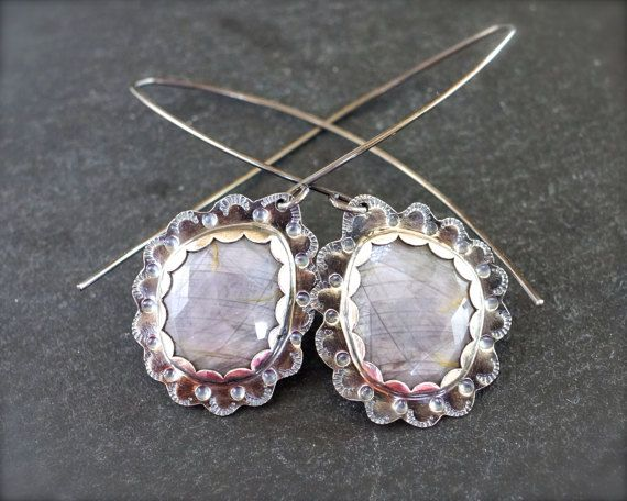 Rose cut grey sapphire earrings in sterling silver - Hand stamped with scallops and dots this beautiful earrings made out of sterling silver and 100% natural iridescent silver sapphire. The design embraces beautifully rose cut stunning grey sapphires in these handcrafted earrings. Very detailed, playful and adorned with amazingly beautiful stones, these earrings will be your favorite to wear! I have made these as dangles, but if you prefer them shorter, I can put them on lever backs or short…