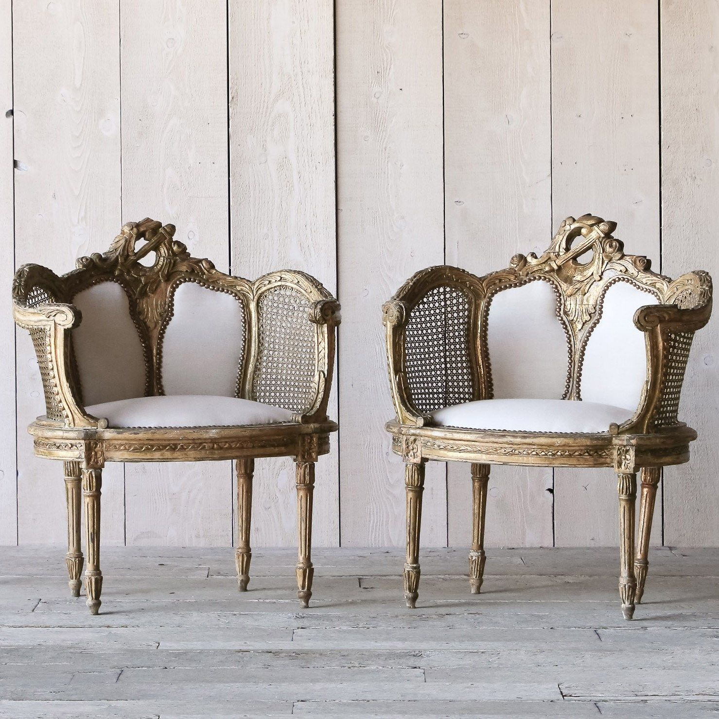 eloquence one of a kind vintage banquette louis xvi gilt set of 2 laylagrayce home sillones. Black Bedroom Furniture Sets. Home Design Ideas