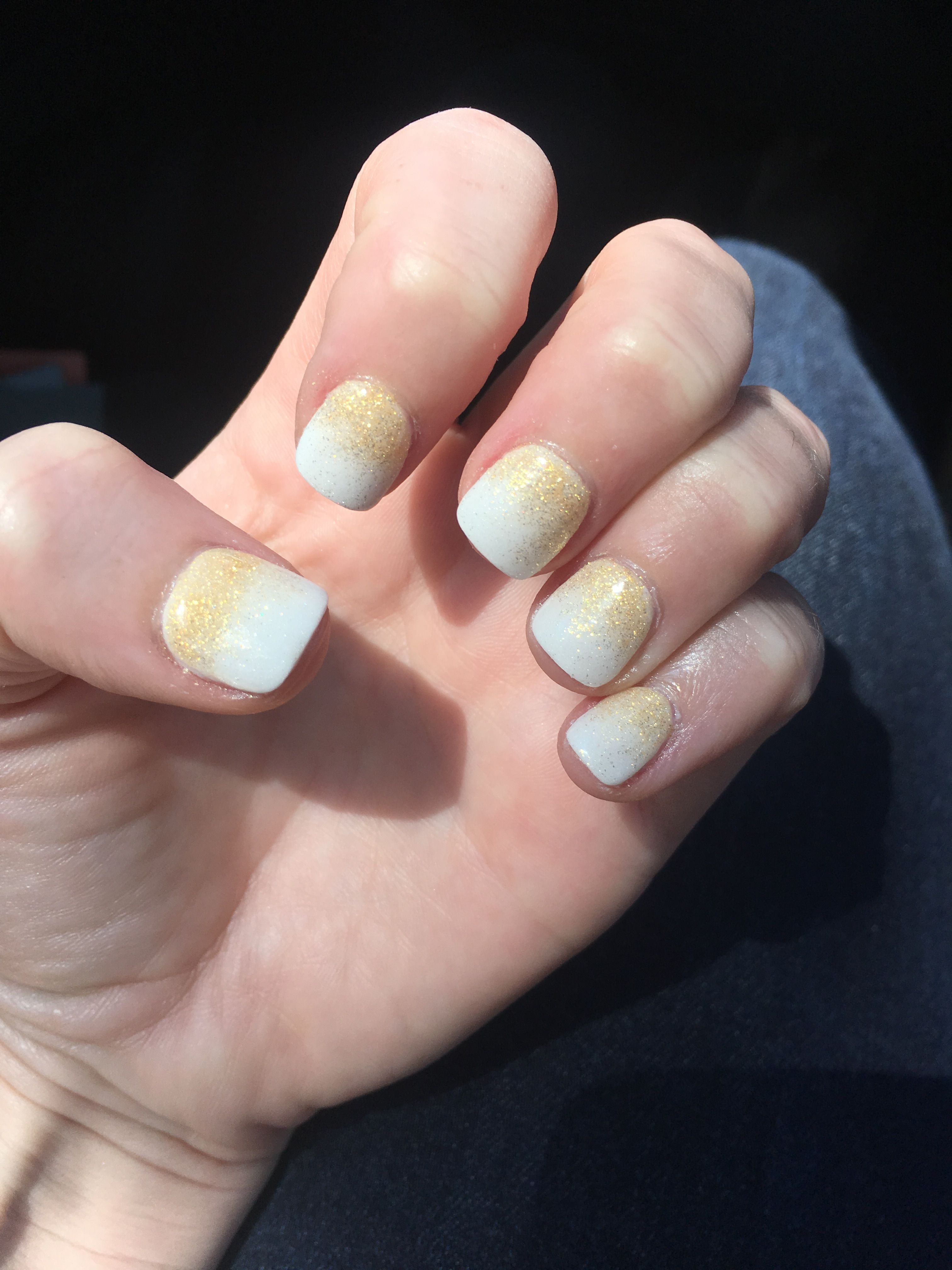 Ombré sparkle gold and white nexgen nail dip acrylic powder. Perfect ...