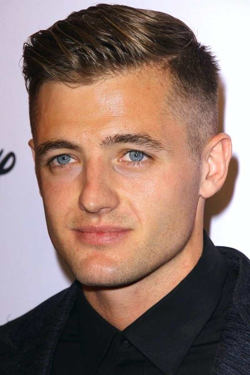 Mens Hairstyles Short Comb Over Trending Mens Hairstyles Short Comb Over In Men Hairstyles Fo In 2020 Mens Haircuts Short Comb Over Haircut Comb Over Fade Haircut