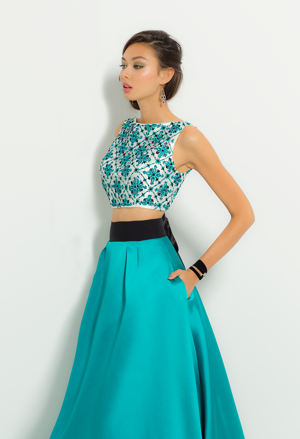 Have A Ball At Your Next Special Event In This Grand Party Dress With Its Portrait Neckline Beaded Crop Top With Co Beautiful Outfits Prom Style Prom Dresses