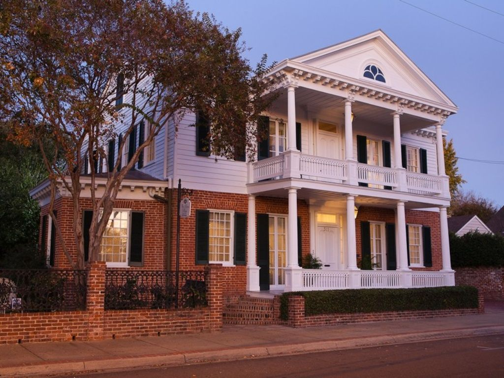 311 Jefferson St, Natchez, MS 39120 (Có hình ảnh)