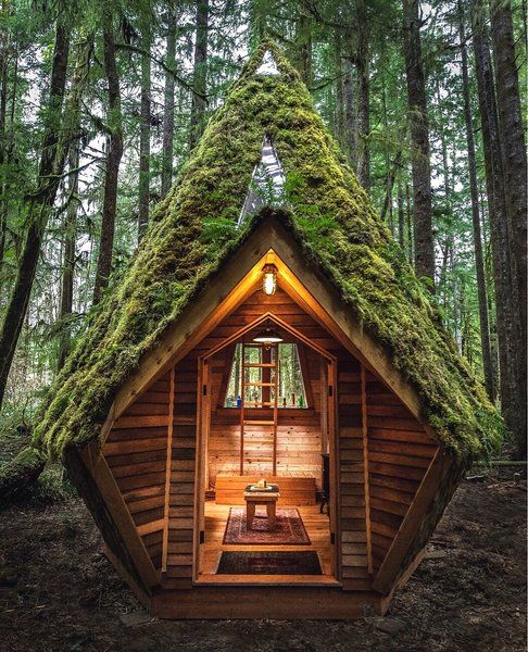 Photo of Photo 5 of 13 in This Dreamy Diamond Cabin Is Straight Out of a Fairy…
