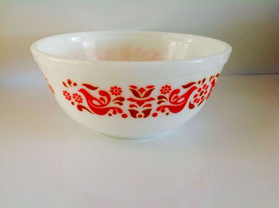 Pyrex Friendship Mixing Bowl Pennsylvania Dutch Red and Gold ...