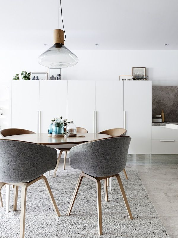 Admirable Eddie Kaul And Richa Pant Round Dining Table Modern Pdpeps Interior Chair Design Pdpepsorg