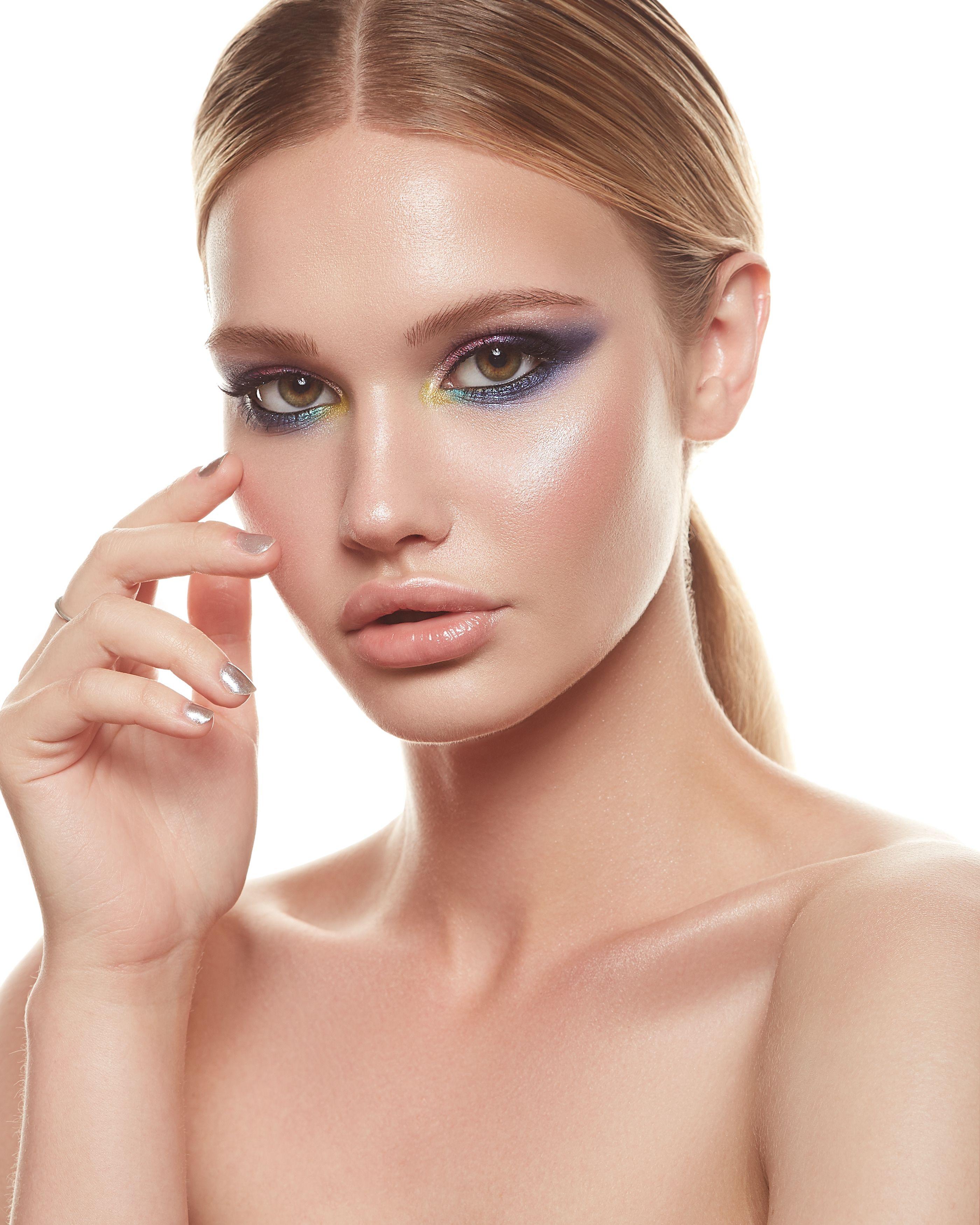 Behance 搜索 Makeup, Makeup lover, Makeup geek